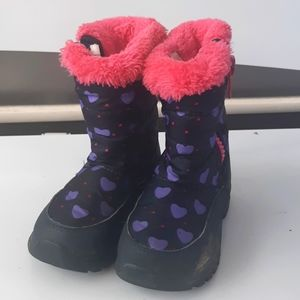 Other - 💥2/$15💥Girls sz10 snow boots navy/pink & purple